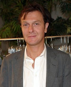 Artist Hugo Guinness