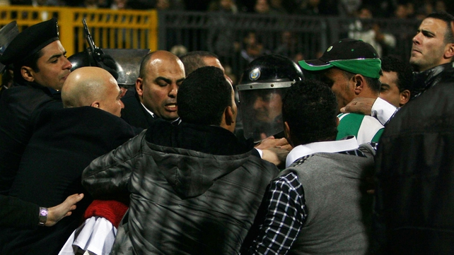 Fans battle with police in Port Said
