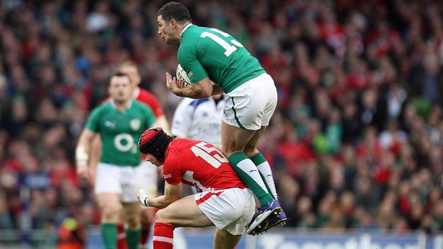Rob Kearney believes all the pressure will be on Wales in this weekend's Six Nations opener