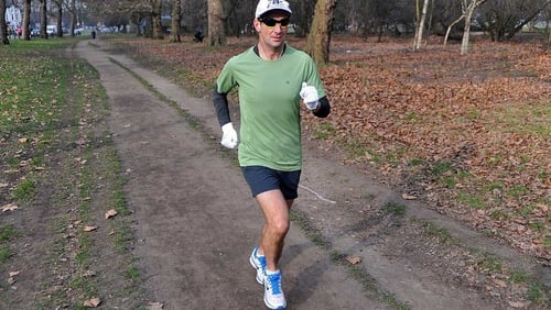 Richard Donovan runs the London leg of his challenge (Pic: World Marathon Challenge on Facebook)