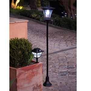 Solar Lamp Post Light €57