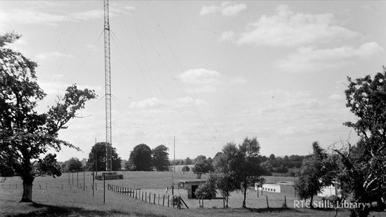 RTÉ Radio's Athlone station and transmitter (1933) © RTÉ Stills Library 1999/026