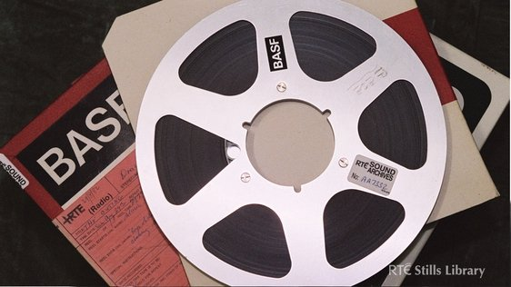 RTÉ 1940's -- reel-to-reel tape © RTÉ Stills Library 2076/066