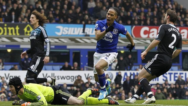 Steven Pienaar's early strike, the first since his return to Everton, piled more pressure on Chelsea