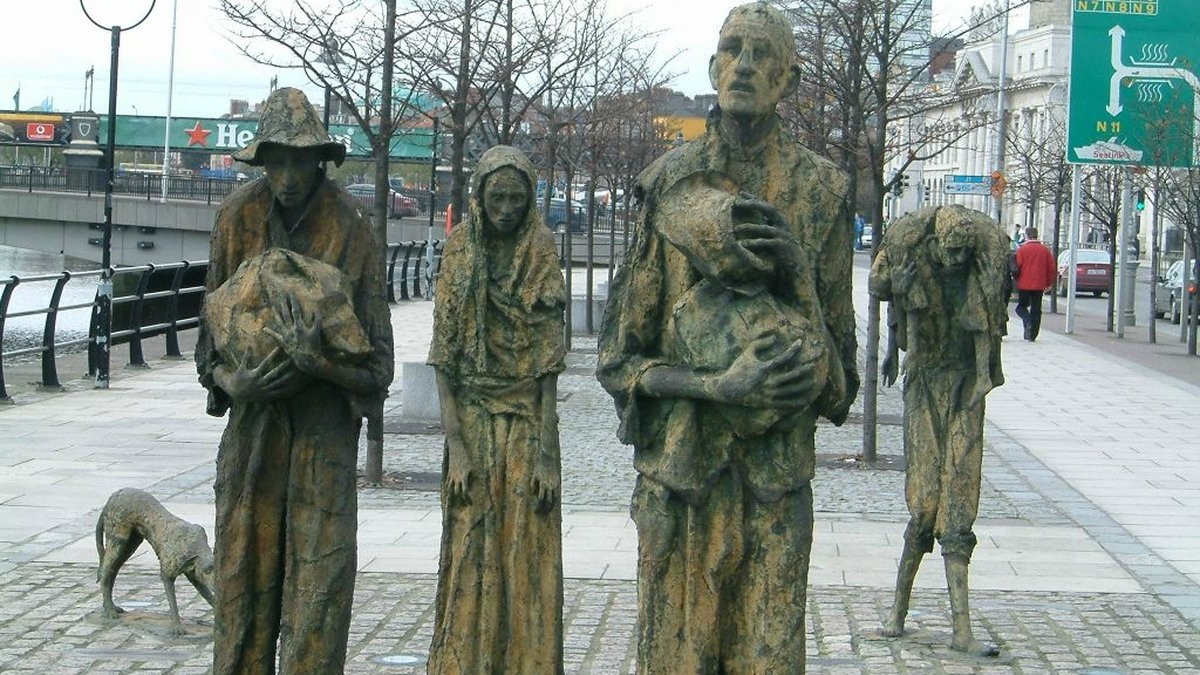 Famine Echoes