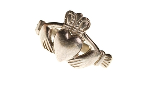 Have your ring blessed before St. Valentine's relics