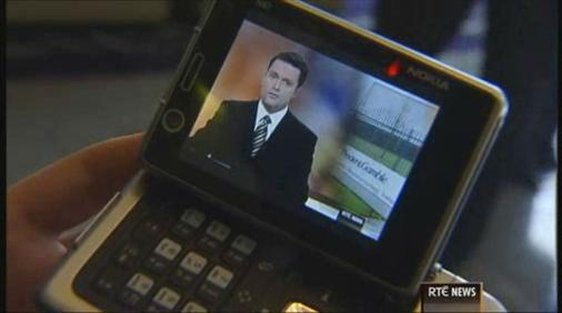 RTÉ News being watched on a mobile device.