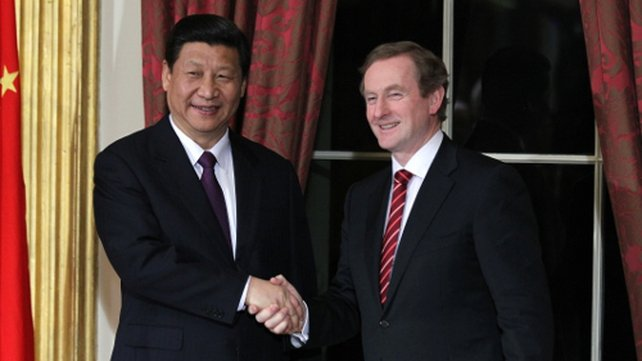 Vice-president Xi and Taoiseach Enda Kenny at Dublin Castle last night