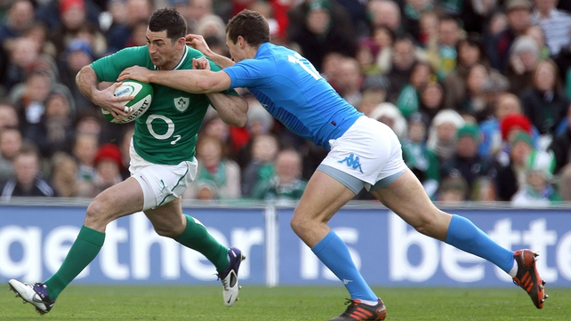 Rob Kearney tries to brush off Alberto Sgarbi