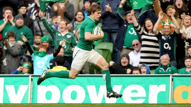 Andrew Trimble races clear to score a try for Ireland