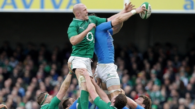 Paul O'Connell competes at lineout time against Italy