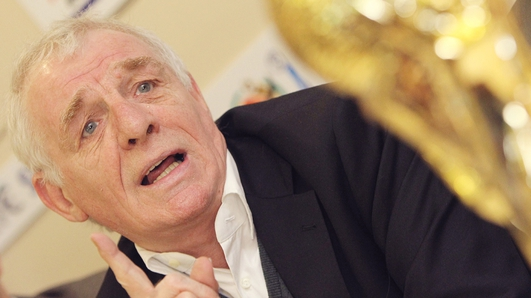 Eamon Dunphy Apology