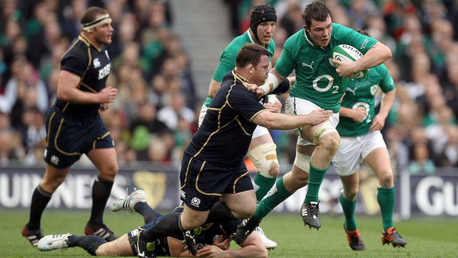Peter O'Mahony tackled by Allan Jacobsen