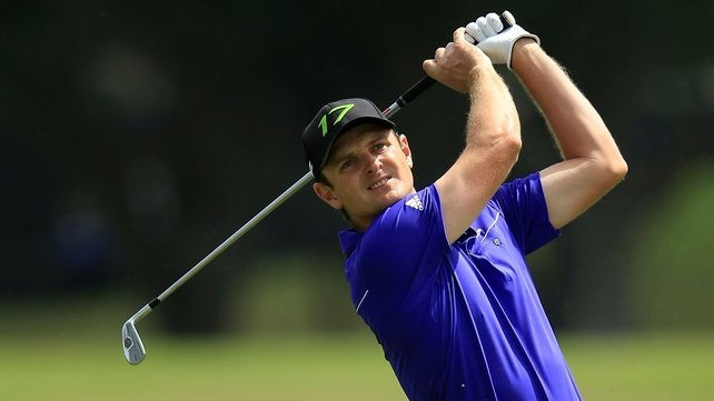 Justin Rose overcame Tiger Woods to book a final with Lee Westwood at the World Golf Final