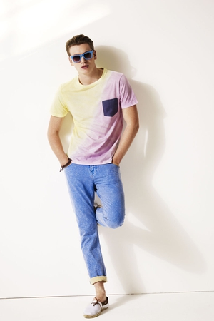 T-shirt €24, jeans €33.50, shoes €24 and sunglasses €13.50