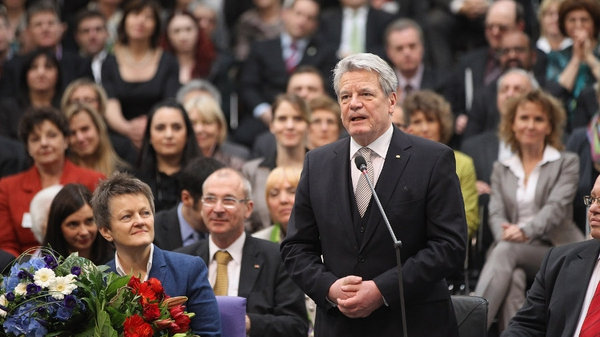 Joachim Gauck addresses the Reichstag after his election
