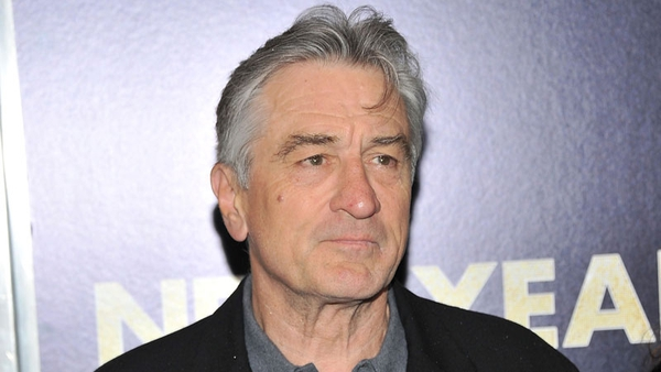 De Niro has apologised for telling a risqué joke.