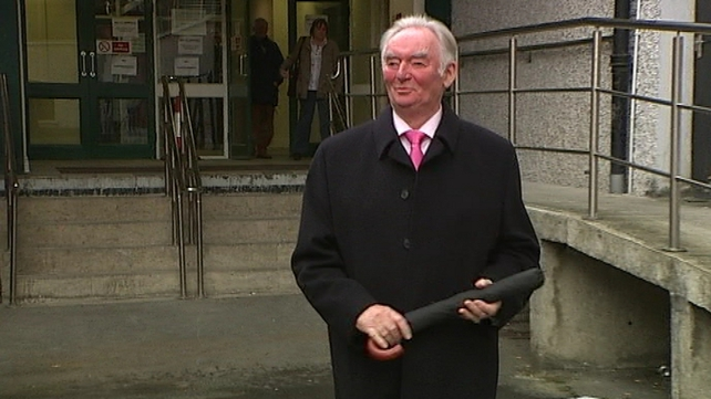 A motion to expel Pádraig Flynn from Fianna Fáil was to be discussed on Friday