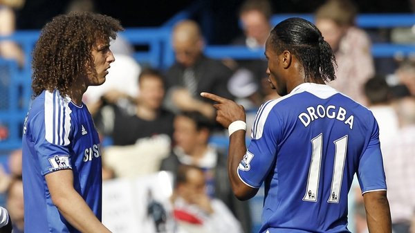 David Luiz (l) has denied team-mate Didier Drogba mocked Champions League opponents Benfica