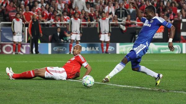Chelsea's Salomon Kalou prods home the winner in the first-leg tie against Benfica
