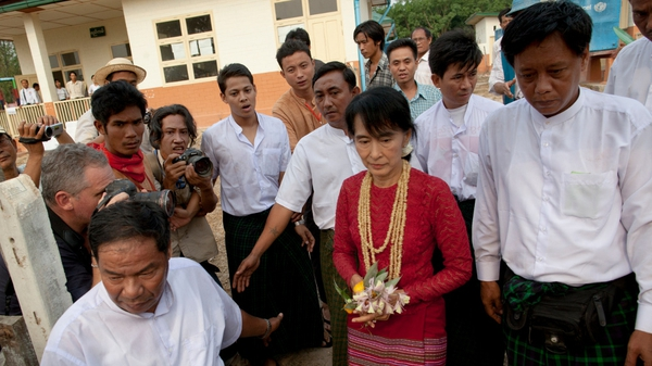 Aung San Suu Kyi visits polling stations in her constituency