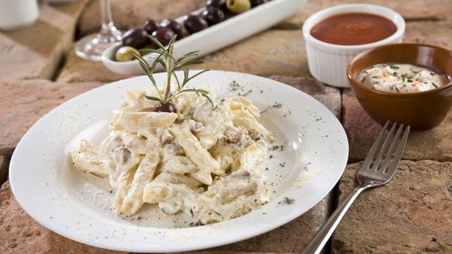 Penne pasta, Cashel blue cheese, red wine pears, leeks, rocket, hazelnut