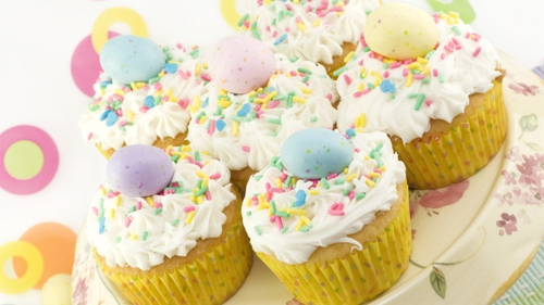 Easter Chick Fairy Cakes