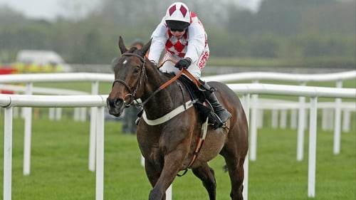 Flemenstar's stamina petered out in the closing stages of the Lexus Chase over course and distance at Christmas