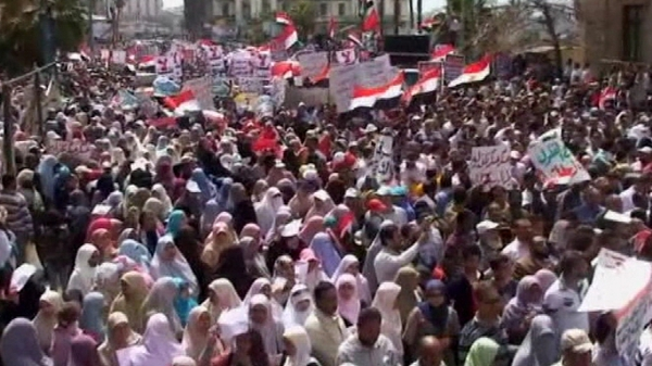 Syrian protesters take to the streets to test the ceasefire