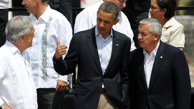 US President Barack Obama speaking with Guatemala's President Otto Perez and Chile's President Sebastian Pinera