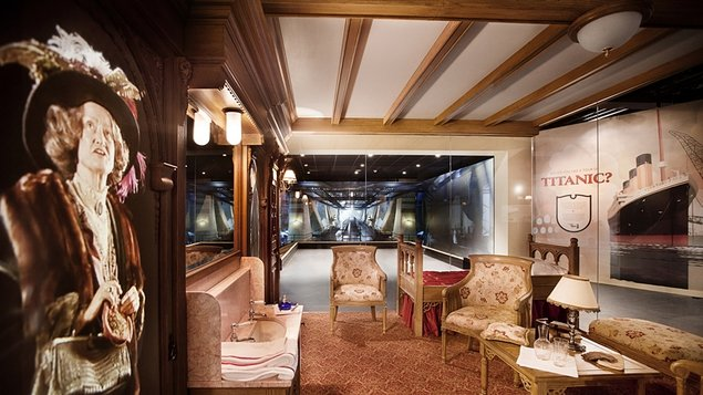 An exhibition of a first class cabin on board the Titanic