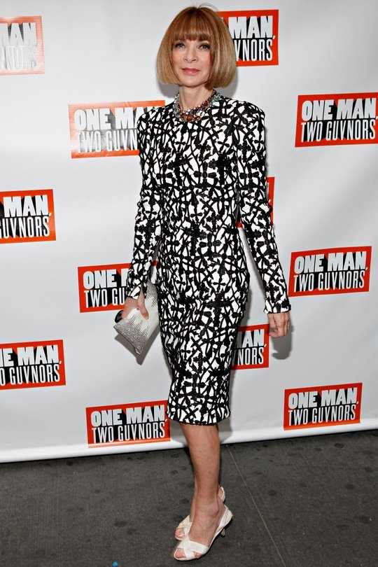 Anna Wintour looking great in monochrome, a look she relies on quite a bit, the elderly heels are killing quite a bold and fashion-forward look for the editor.