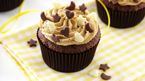 Chocolate and coffee, the perfect partnership, brought to you by Dr Oetker