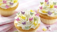Raspberry rose cupcakes - A lovely little sweet treat from Dr Oetker, perfect for a children's party!