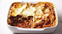 Lovely Lasagne - A delicious family favourite from WeightWatchers. 12 ProPoints values per serving, 48 ProPoints values per recipe.