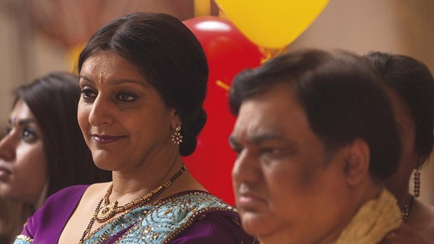 Syal and Patel also played their characters in the stage version Rafta, Rafta