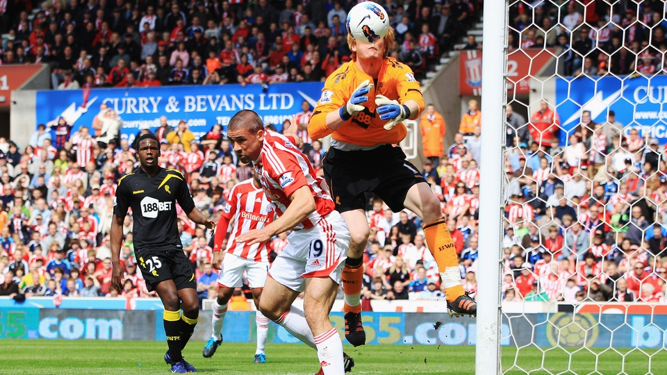 Jonathon Walters scores a hugely controversial goal for Stoke, appearing to head the ball out of the hands of the goalkeeper