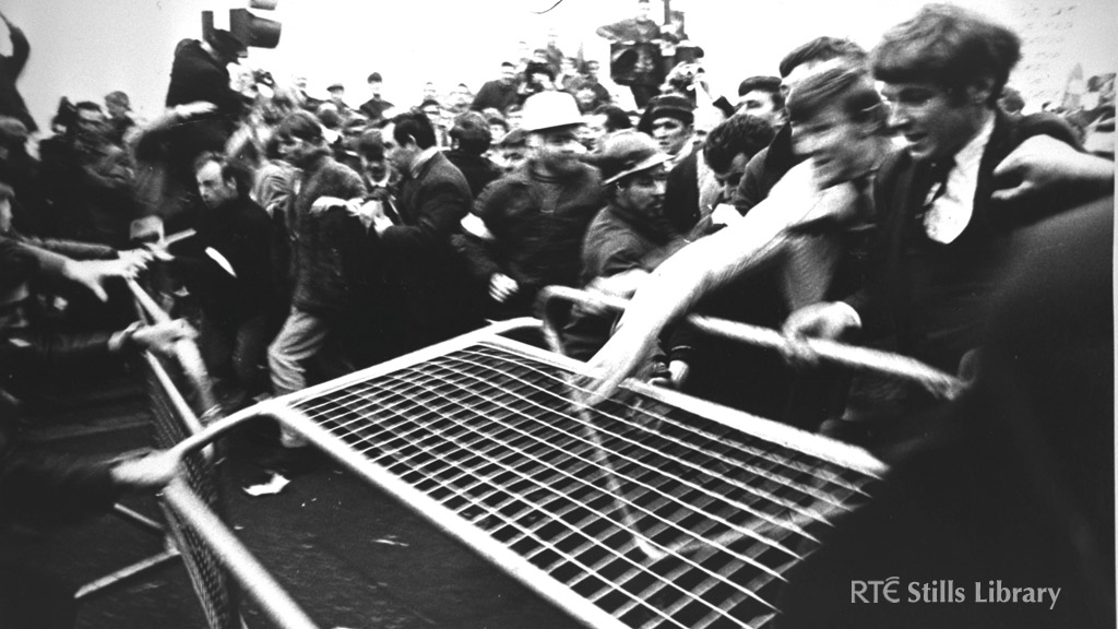 Civil Rights Marchers in Newry, 1969. © RTÉ Stills Library 0125/064