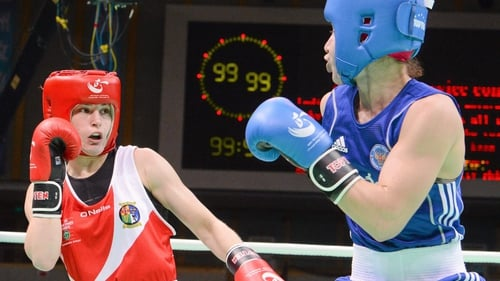 Taylor kept her distance in the final as her opponent Ochigava is an excellent counter puncher