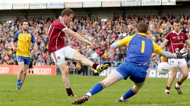 There is a positional change for Gary Sice who moves to defence for Galway