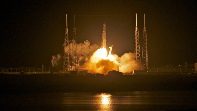 SpaceX's Dragon spacecraft atop rocket Falcon 9 lifts off from Pad 40 of the Cape Canaveral Air Force Station