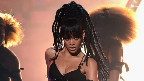 Rihanna rocked a darker look to perform her new single