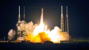 Dragon launches from pad 40 at Cape Canaveral, Florida, on 22 May