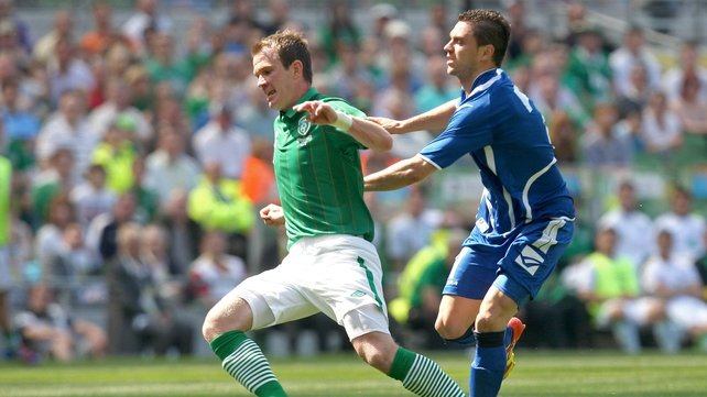 Ireland's Glenn Whelan and Sanel Jahic of Bosnia battle for possession at the Aviva