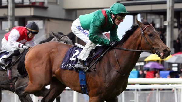 Johnny Murtagh's retainer with the Aga Khan saw him called up for the ride on apparent third-string Valyra at Chantilly