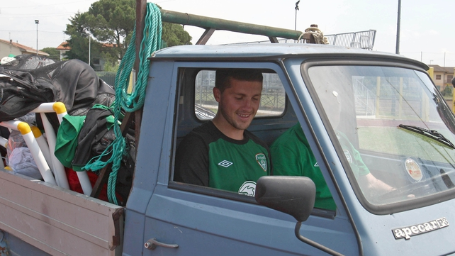 Shane Long rides shotgun in what may just be the most awesomely-named jalopy of all time - Yeah, it's an Apecar