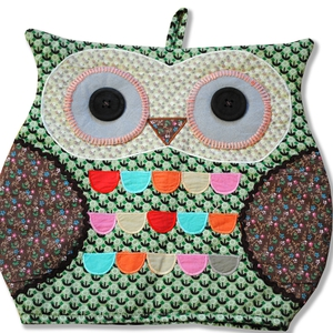 Green Tea Owl Tea Cosy; €16 from Hunkydory Home