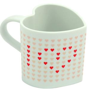 Heat Changing Love Mug; €11from prezzybox.com