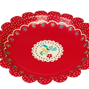 Set 8 Vintage Doily Paper Party Plate; €2.40 from www.domgiftshop.com