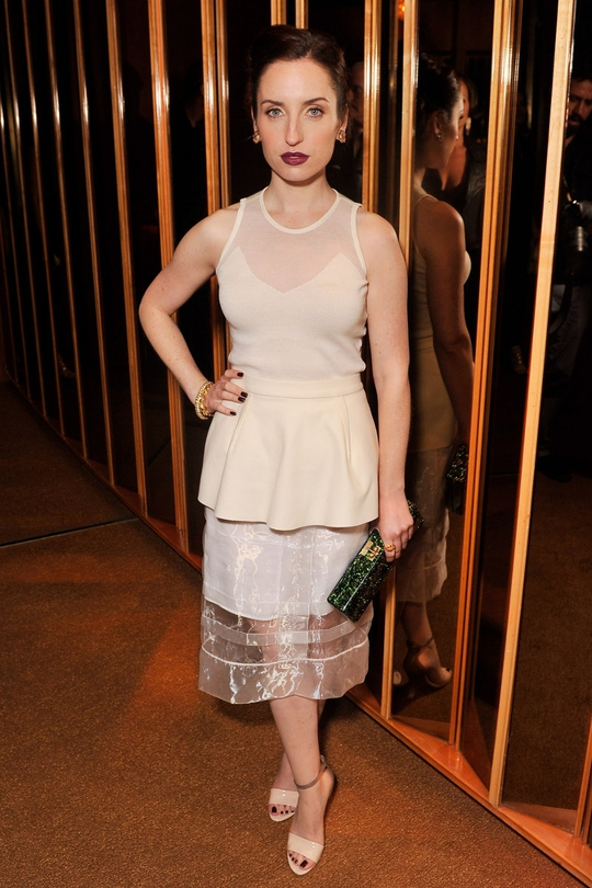 Zoe Lister-Jones looked sensational at an event for her upcoming movie earlier in the week. We love the difference of tiers, lengths and fabrics, as well as the dark make-up. Her Van Cleef and Arpels jewels are simply envy-inducing